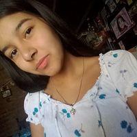Lara Correa36855